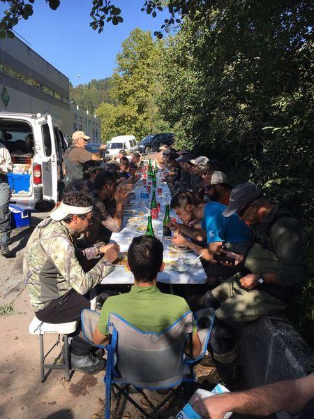 comida-rio-araxes-pesca-mosca-2