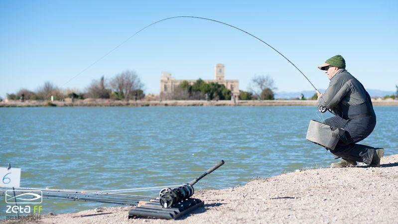 pesca-mosca-lago-canas-linas-zeta-bellpuig-pablo-c