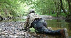 Rodilleras ¿para pescar a mosca?